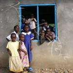 Des élèves de l'école Sena - Mfangano - KENYA